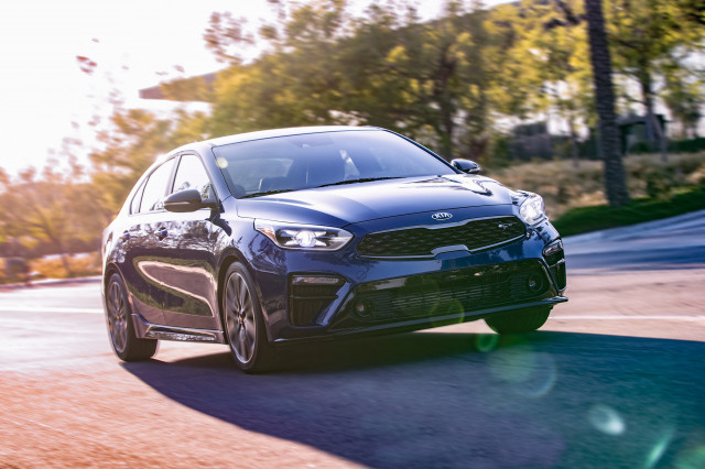 Bite-size sports sedan: 2020 Kia Forte GT unveiled