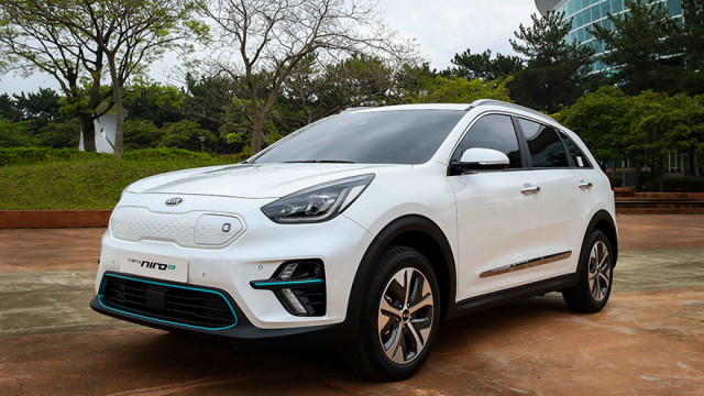 Kia Niro EV - electric crossover with 380 km range