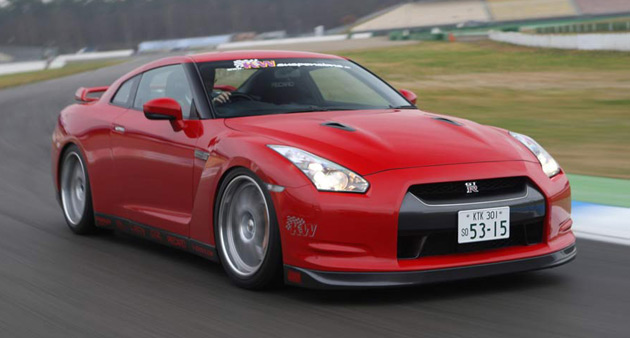 KW will showcase an updated version of its custom coilover set-up for the Nissan GT-R