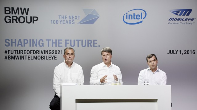 L to R: Intel CEO Brian Krzanich, BMW CEO Harald Krüger and Mobileye Chairman Amnon Shashua