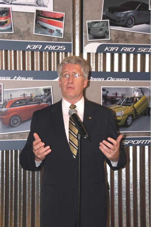 Len Hunt Kia CEO