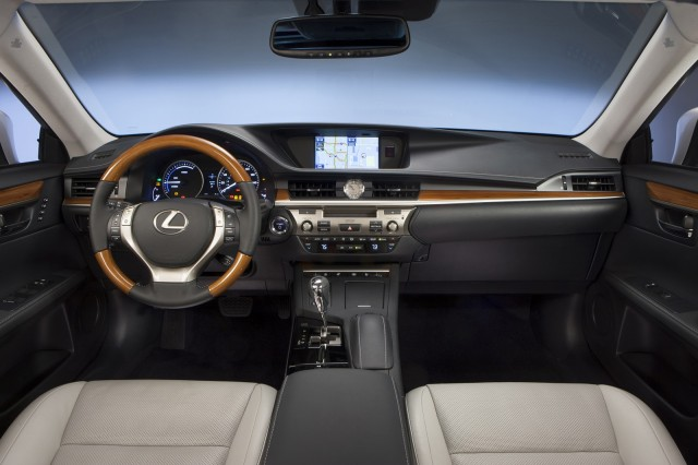 sedan hybrid lexus sports automatic luxury detail es