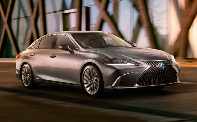 2019 lexus is sedan 2019 Lexus ES revealed, features 44 mpg 300h hybrid sedan 2019 lexus is sedan