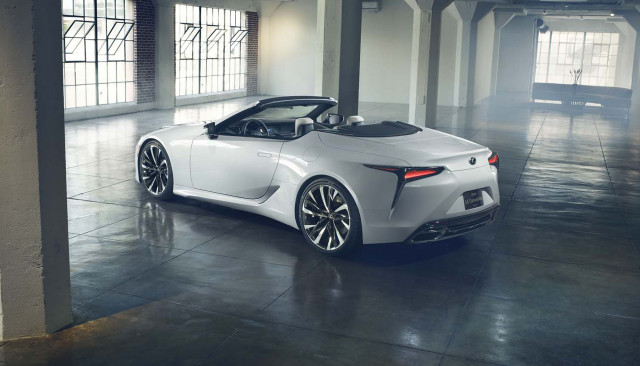 Lexus LC Convertible Concept world debut in Detroit