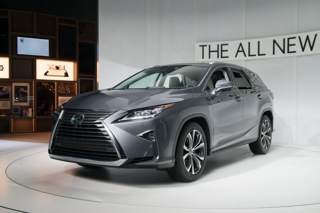 2018 lexus rx 450hl hybrid three row suv priced from 51 600. Black Bedroom Furniture Sets. Home Design Ideas