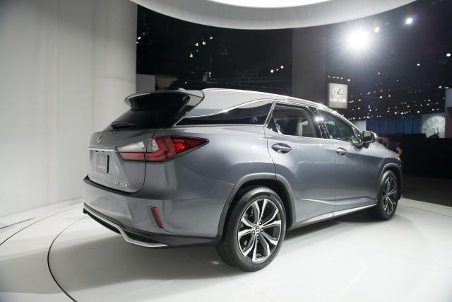 2018 Lexus RX L, 2017 Los Angeles Auto Show