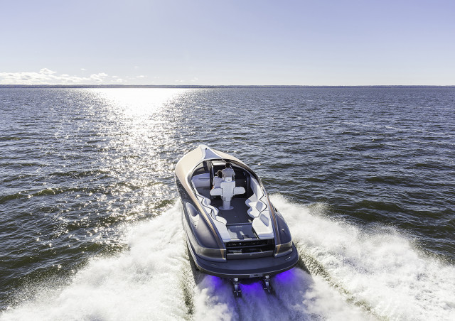 Lexus L42 LF-1 Yacht