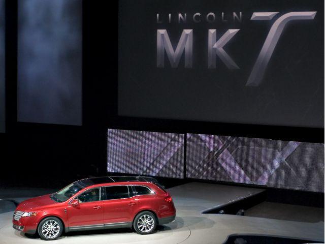 Lincoln MKT Reveal - Detroit