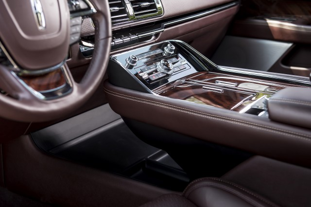 2018 lincoln continental seats.  lincoln 2019 lincoln navigator l in black label destination trim and 2018 lincoln continental seats