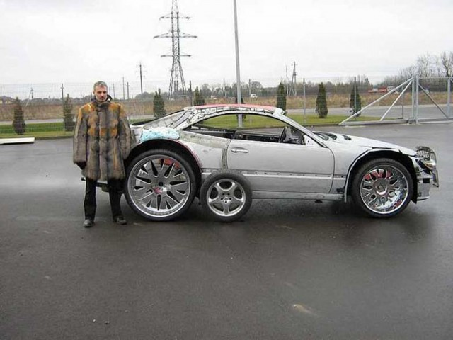 Lithuanian foam car - Image via Reddit user Geeky