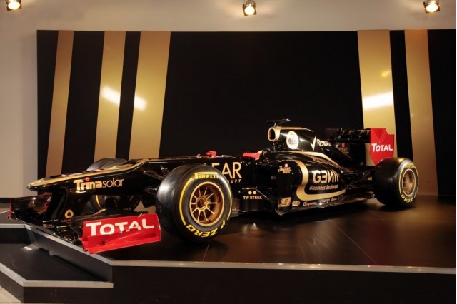 Lotus E20 2012 Formula 1 race car