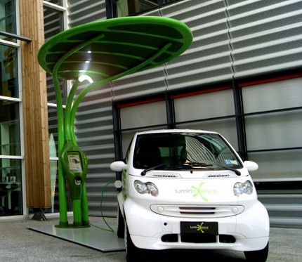 LumineXence Lotus charging station
