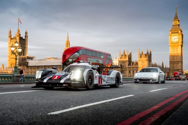 Mark Webber driving a 2016 Porsche 919 Hybrid in London