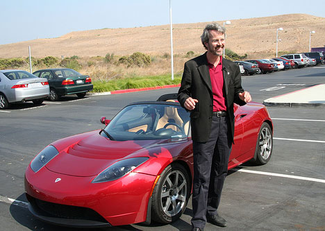 Tesla Lawsuit Not Thrown Out; Egos To Duel In Court