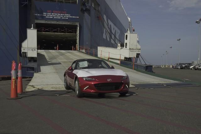 2016 Mazda MX-5 Arrive At Port