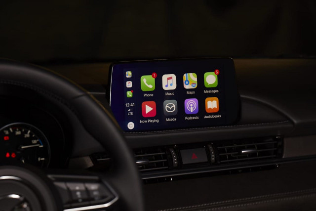 Mazda offers Apple CarPlay, Android Auto retrofit for $199