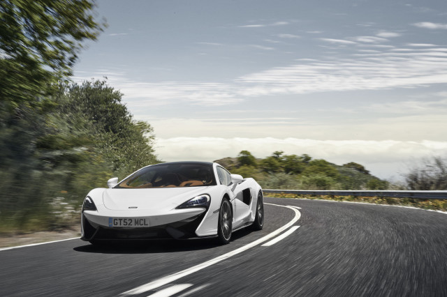 McLaren Elevates the 570GT with Sport Pack and Design Editions