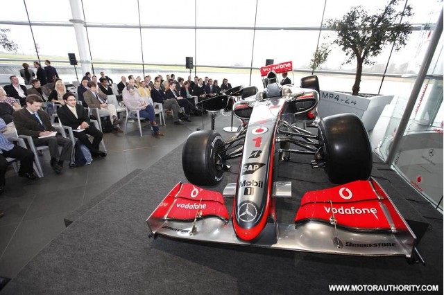 mclaren mp4 24 2009 f1 race car 011