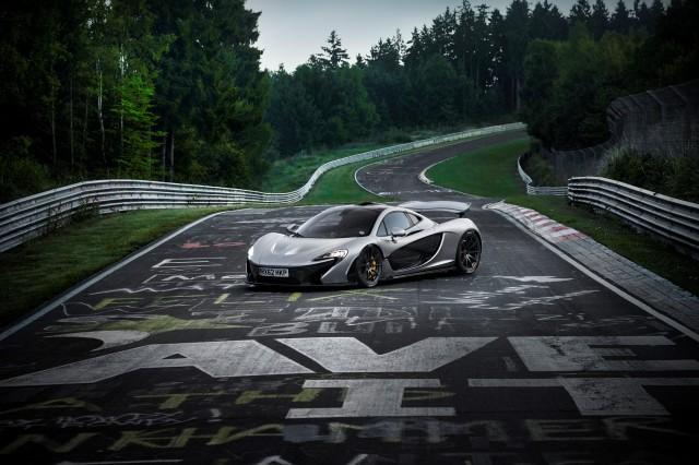 McLaren P1 laps the Nürburgring