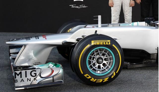 Mercedes unveils its w03 2012 formula 1 race car for Mercedes benz formula 1