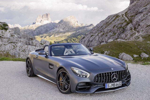 2018 Mercedes Amg Gt Roadster 2017 Volvo V90 Cross Country 6
