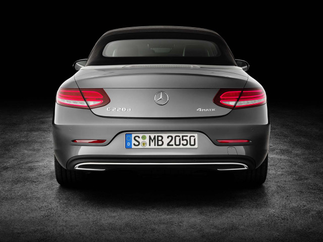 Almost  a million vehicles caught in Mercedes-Benz's emissions scandal