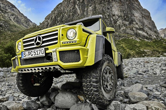 Mercedes-Benz G500 4x4² concept