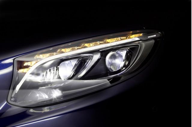 Mercedes-Benz MULTIBEAM LED headlight technology