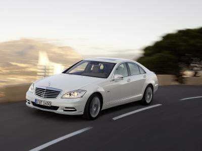 Mercedes Benz Announces S Class Hybrid