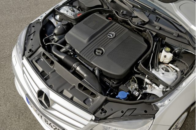 Benz Shows Off New BlueEFFICIENCY Diesel
