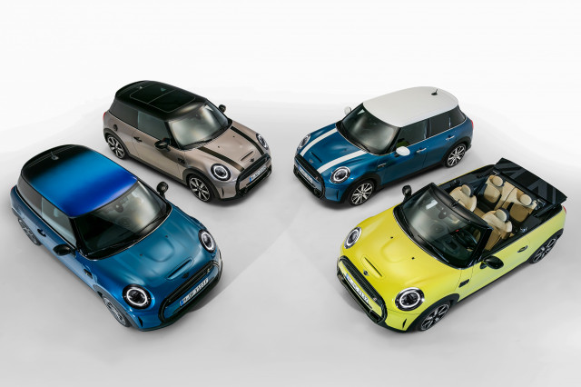 2022 Mini Cooper refreshed, SSC Tuatara sets land-speed record: What's New @ The Car Connection