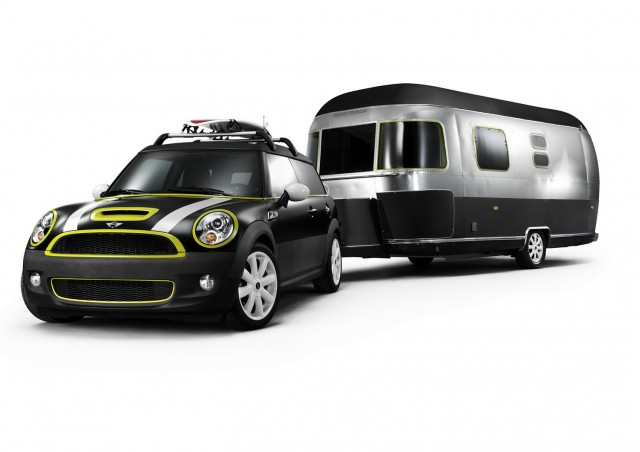 MINI Cooper with Airstream
