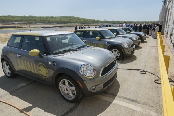 MINI E electric cars used in University of Delaware vehicle-to-grid test program
