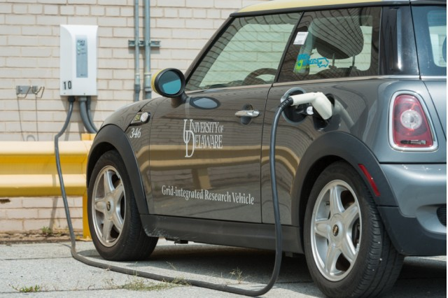 Mini E Electric Car Used In Vehicle To Grid Test Photo By University