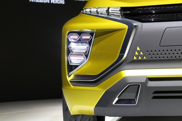 Mitsubishi Ex Live Shots Of Electric Suv Concept At Tokyo Motor Show