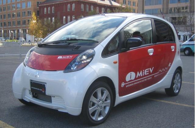 https://images.hgmsites.net/med/mitsubishi-i-miev-electric-car--front--december-2008_100183041_m.jpg