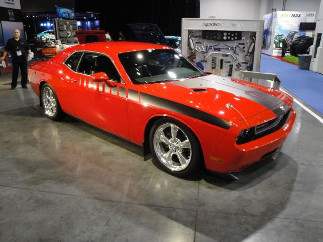 Dodge Challenger Mopar Edition Unwraps at SEMA