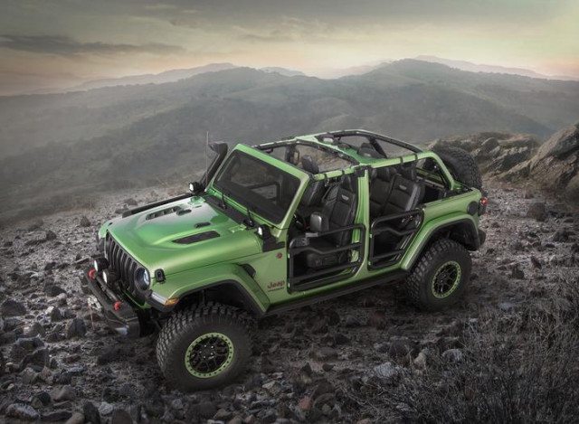 Mopar-modified Jeep Wrangler features all-new items from the performance parts catalog