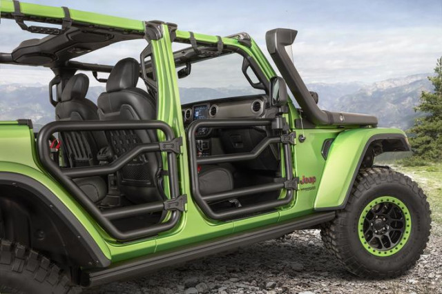Mopar-modified Jeep Wrangler has two-inch round steel tube doors