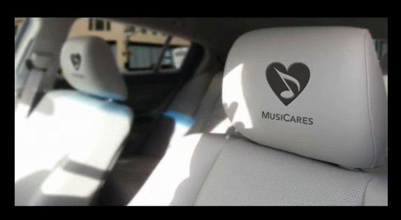 MusiCares 'Car of the Year' The 2010 Acura ZDX