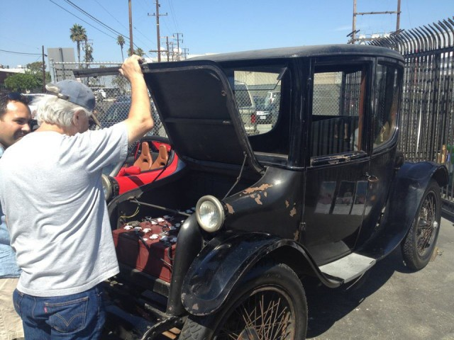 National Plug-In Day 2012: 1915 Milburn Electric in Los Angeles [photo: Fernand Bos]