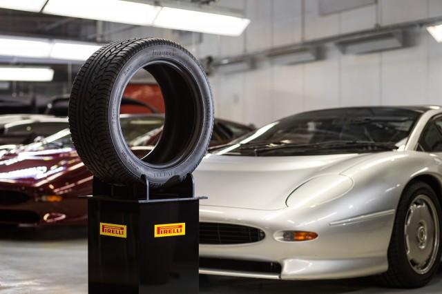New Pirelli tire for the Jaguar XJ220