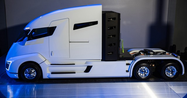 Nikola One Electric Truck 2017 Ford Gt 2018 Toyota Camry Today S
