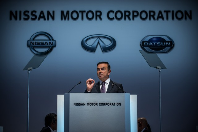 Nissan CEO Carlos Ghosn presenting at company annual meeting, Yokohama, Jun 2015
