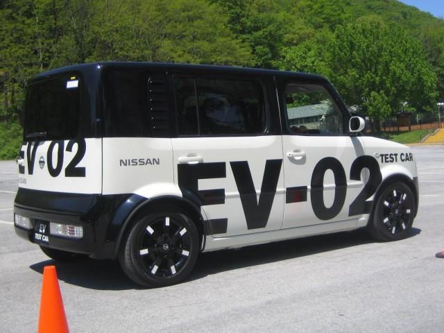 Nissan EV-02 prototype