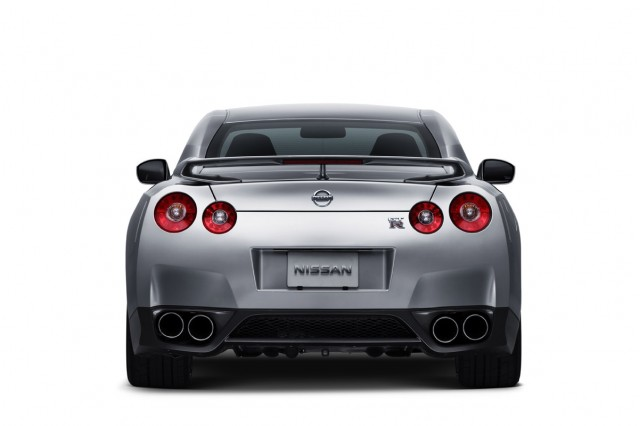 nissan gt r official1 motorauthority 027