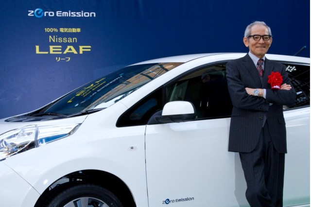 Nissan Leaf presented to Japanese actor Isao Natsuyagi
