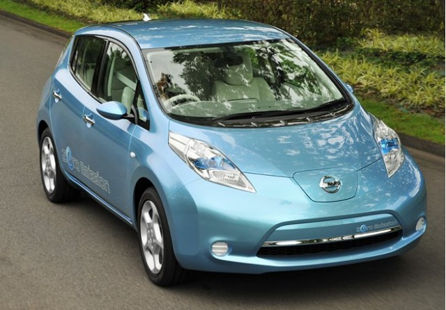 Nissan May Sell Extended Range Vehicles Alongside Battery Electric ...