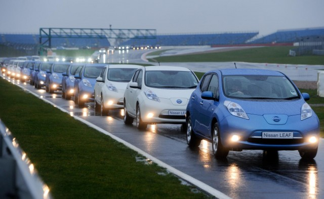 Nissan Leafs break the world record for largest electric car convoy