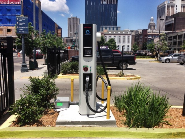 Nissan Unveils New Orleans First Public Charging Station For Electric Cars Photo Richard